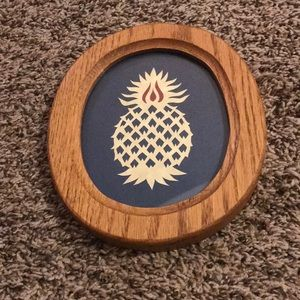 🌻Vtg Oval Pineapple Wall Hanging